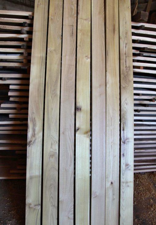 agátové plotové dosky